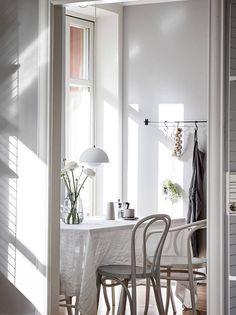 For my latest home tour I'm taking you to the Swedish city of Gothenburg for a peek at a beautiful grey and white apartment that's brimming with inspiration for simple spring styling. Interior Design Inspiration, Home Interior Design, Interior Decorating, Design Ideas, Room Inspiration, Home Staging, Home Renovation, White Apartment, Light Grey Walls