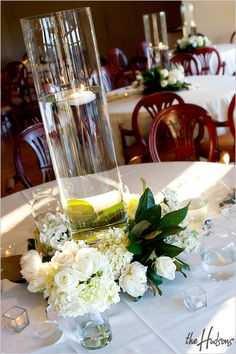 centerpieces - simple - candles and flowers in white