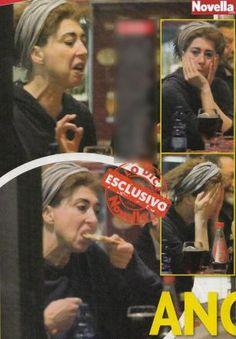 MILANO La prof più amata d'Italia si mostra senza trucco. Veronica Pivetti 50 anni, è statapizzicata dai flash di Novella 2000 mentre