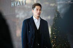 Netflix, Cute Actors, Seoul Korea, Korean Drama, Acting, Idol, Handsome, Male Style, Mens Fashion