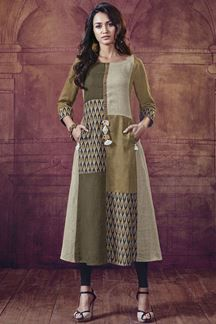 Show details for Peculiar designer kurti in shades of green Simple Kurta Designs, Kurta Designs Women, Stylish Dresses, Nice Dresses, Fashion Dresses, Kurti Patterns, Dress Patterns, Moslem Fashion, Ethenic Wear