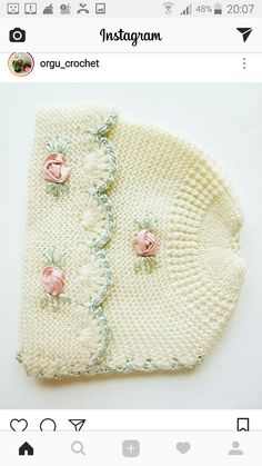 This is a really lovely knit hat with such wonderful detailing. The pink flowers are satin ribbon knots. The head size is 16 or smaller. It could easily have ribbons added for a tight fit. Its lovely to look at and study the quality.A Soft Cream Knit Baby Knitting Patterns, Baby Hats Knitting, Crochet Baby Hats, Knitting Designs, Knitted Hats, Crochet Patterns, Rosa Satin, Pink Satin, Knit Baby Dress