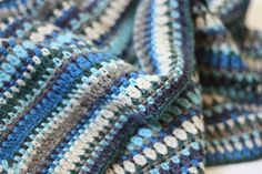 A trip into unfamiliar territory: A crochet scarf for a man. Crochet Men, Manta Crochet, Crochet Granny, Double Crochet, Easy Crochet, Crochet Afghans, Crochet Blankets, Striped Crochet Blanket, Crochet Blanket Patterns
