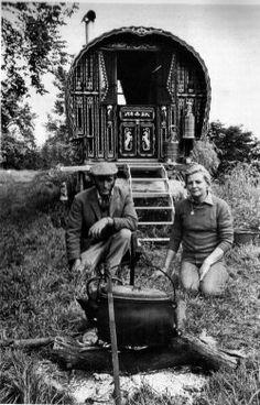 gypsy wagon traveller tour1