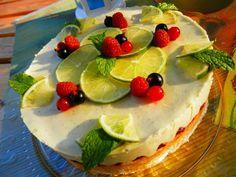Raw Limetková torta s malinami zdroj: recepty.rawforum.sk