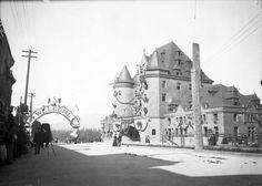 Gare du Chemin de fer Canadien Pacifique à Vancouver (Colombie Britannique), le 30 septembre 1901  http://collectionscanada.gc.ca/pam_archives/index.php?fuseaction=genitem.displayItem&lang=fre&rec_nbr=3400480