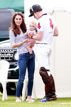 Kate is just gorgeous and their little family is precious! Will seems like such a good dad!