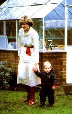 Prince William à  18  mois _ 14 décembre 1983