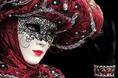 Carnevale in Venice, Italy.  Photo by Per Lidvall  www.AspectusForma.com