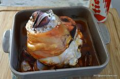 Ciolan de porc cu bere la cuptor | Savori Urbane French Toast, Meat, Breakfast, Pork, Morning Coffee