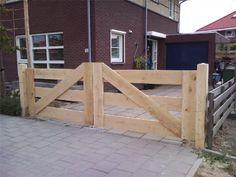 Houten poorten en hekken ter bescherming van uw tuin of landgoed. Tevens ter decoratie!