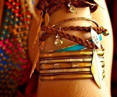 bracelets |