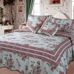DaDa Bedding Reversible Patchwork Geneva Cottage Roses Quilt Set Floral Print Twin >>> You can get additional details at the image link. Country Bedding Sets, French Country Bedding, Country Quilts, King Quilt Bedding, California King Quilts, Christmas Bedding, Quilt Sets, Bed Spreads, Comforter Sets