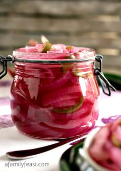 Lotus Resort Wear's Suggest Summer Recipes! Pickled Red Onions - a delicious and versatile recipe that takes just minutes to prepare! Great in salads, on sandwiches, in tacos - the options are endless! Good Food, Yummy Food, Pickled Red Onions, Fermented Foods, Canning Recipes, Fruits And Veggies, Vegetables, Ketchup, Sauces