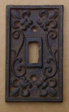 Merveilleux Light Switch Cover Cast Iron Primitive Rust Brown NEW FREE SHIPPING