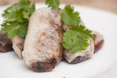 Spring rolls are nothing more than non-fried egg rolls that are low in fat and calories. The key to making good spring rolls is to use fresh ingredients. You can fry them, cook them, bake them or eat them as-is. The rolls can be eaten as appetizers or as a main meal. They are easily …