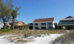 Ground-Floor Duplex with Beach View -VaycayHero