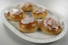 Best bun ever ! Pan Dulce, Doughnut, Muffin, Food And Drink, Pudding, Sweets, Fruit, Vegetables, Bakken