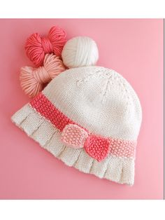 Ruffled cloche for baby. Very sweet!