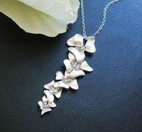Orchid Necklace ~beautiful