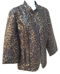 UNDER $30 Chico's Eleanor Animal For Oil Pattern Gold Washable Jacket 2 Medium 10 12 Blazer. Free shipping and guaranteed authenticity on Chico's Eleanor Animal For Oil Pattern Gold Washable Jacket 2 Medium 10 12 Blazer at Tradesy. Eleanor animal foil pattern gold Chicos size 2 equ...
