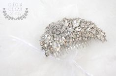 Wedding Roses Hair Comb Crystal Flower Handmade par CleoandCesar