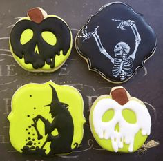 Check out this list of creepy, cute, scary, spooky Halloween cookies! Decorated cookies for kids and adults alike, get some great ideas for your Halloween party. A variety of fun designs like skulls, skeletons, candy corn, spiders, pumpkins, ghosts. Some simple designs and some detailed ones too! It's amazing what you can do with some sugar and royal icing! Try some of the easy designs with your homemade recipes and see how you do!