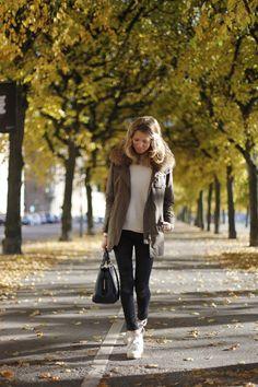 "Parka: Yves Salomon ""Army"", skinny jeans: Frame Denim, wedged sneakers: Isabel Marant, bag: Louis Vuitton Montaigne GM in Empreinte"