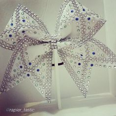 "84 Likes, 6 Comments - Hip Girl Boutique LLC (@hipgirlclips) on Instagram: ""Cheer bow of the day. by @rapier_tastic ""@foreverxclusive Isn't she beautiful?! Forever Xclusive…"""