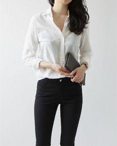 minimalist wardrobe | image via death by elocution