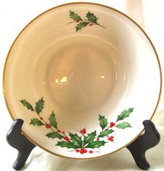 Vintage Lenox Porcelain Vegetable Serving Bowl ~ The Holly and the Ivy ... off to a new home!