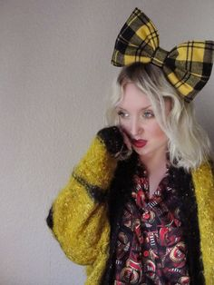 Clueless Giant Yellow black tartan plaid tweed hair bow PREPPY punk kawaii