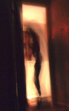 25 Frightening Shadow Figures - Creepy Gallery