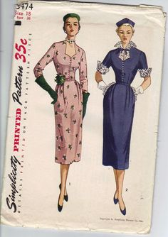 Holly Glamour at its best. I love this dress. Vintage pattern in complete and in usable condition with instructions. Authentic Simplicity
