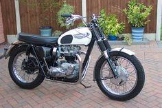 Harley Davidson Lloyde Weston S Pictures Triumph Bikes Classic Bikes Cycle Ride