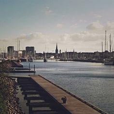 Rolig aften #aarhusø #visitaarhus #sommer #solen #citybythesea #mitaarhus #aarhushavn #århusø
