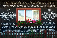 Admire Slovak folk art in Čičmany open-air museum Oil Painting Tips, House Painting, Watercolor Paintings Abstract, Abstract Art, Art Paintings, One Day Trip, Weekend Trips, White Ornaments, Beautiful Castles
