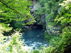 grotte di oliero Travel Ideas, River, Outdoor, Fantasy, Cave, Outdoors, Vacation Ideas, Outdoor Games, Outdoor Living