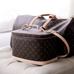 Nice Beauty Case by Louis Vuitton