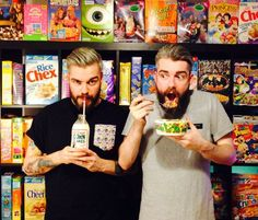 YUMMY: There's a Cafe in London Called 'Cereal Killer' That Serves Your Fave Breakfast Cereals