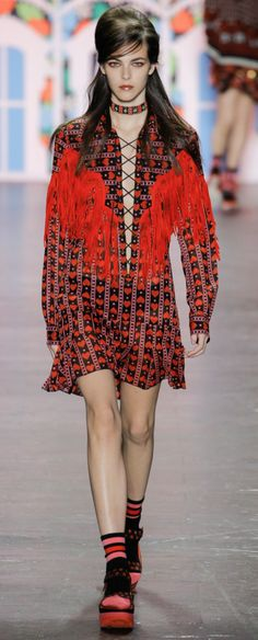 Anna Sui Spring 2017 Ready-to-Wear Fashion Show