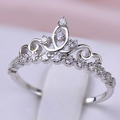 I LOVE how dainty this one is! all the other ones I've seen are kinda too big. I like small, dainty and simple things