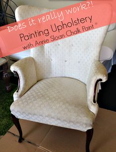 Painting Upholstery with Annie Sloan Chalk Paint ® - Fresh Idea Studio Chalk Paint Furniture, Furniture Projects, Furniture Making, Diy Furniture, Painting Upholstery With Annie Sloan Chalk Paint, Chalk Painting, Furniture Upholstery, Painting Tips, Upholstered Chairs