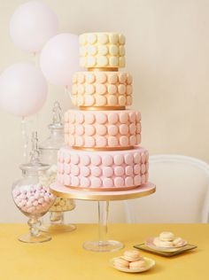Pastel Macaron Wedding Cake - so lovely! I would love a wedding cake with macarons, heck forget the cake! I'd rather have Macarons! Macaroon Wedding Cakes, Pastel Wedding Cakes, Macaroon Cake, 4 Tier Wedding Cake, Wedding Cake Photos, Amazing Wedding Cakes, Unique Wedding Cakes, Macaron Wedding, Pastel Weddings