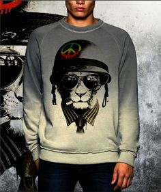Shade grey dip dye sweatshirt new collection fashion 2017 Peace Army di UnconventionalTees su Etsy