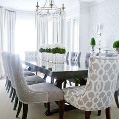 Столовая  #интерьер #стол #столовая #люстра #цветы #шторы #окно #interior #style #chair #decor #design #flowers #table #curtains #light