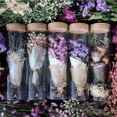 Natural dried flower + glass bottle of purple myosotis gypsophila preserved flowers - Dekoration Ideen 2019 Dried Flower Arrangements, Dried Flowers, Glass Flowers, Flowers Garden, Gift Flowers, Fresh Flowers, Flower Crafts, Flower Art, Flower Shop Design
