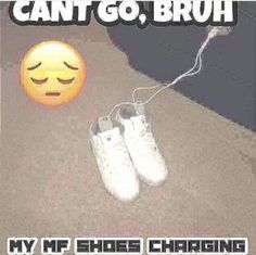 Pimpin Ain't Eazy earrape by kankerIbahesh_rapper Stupid Funny Memes, Funny Relatable Memes, Haha Funny, Funny Stuff, Reaction Pictures, Funny Pictures, Mood Pics, Quality Memes, Oui Oui
