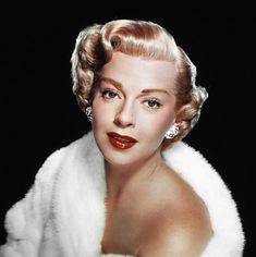 Lana Turner is listed (or ranked) 19 on the list 76 of Your Grandpa's Hottest Childhood Crushes Glamour Hollywoodien, Hollywood Glamour, Hollywood Stars, Classic Hollywood, Old Hollywood, Lana Turner, Metro Goldwyn Mayer, London Hair Salon, Ziegfeld Girls
