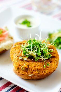 Sweet Potato Quinoa Burgers with Avocado Cilantro Yogurt Sauce